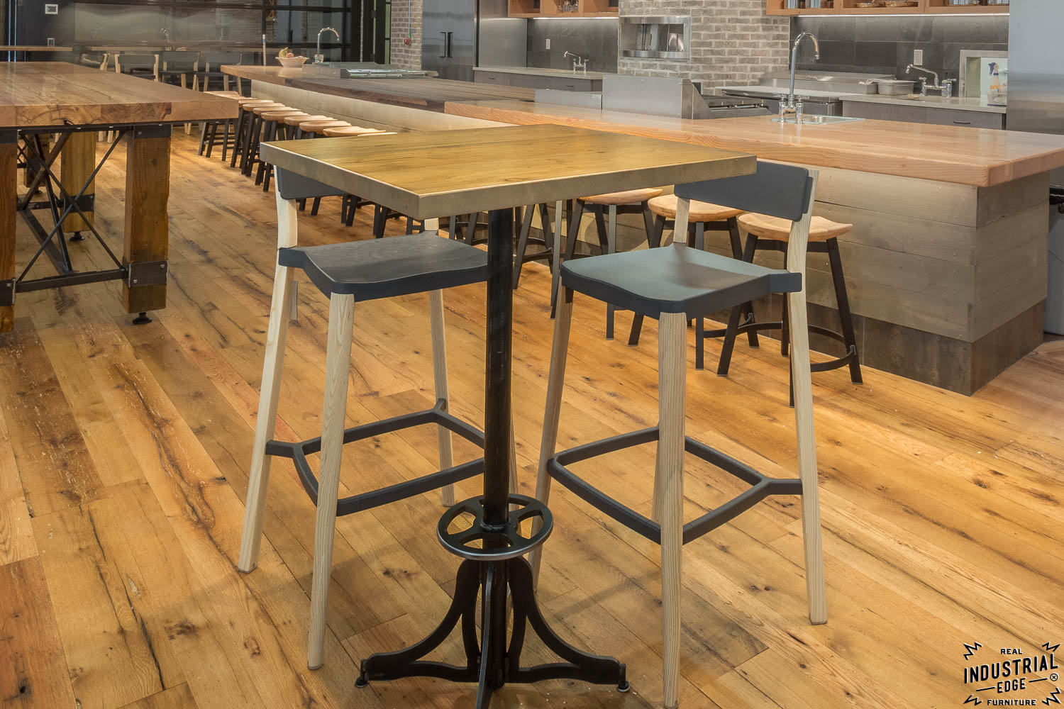 Merveilleux Custom Steel Bistro Table Bases